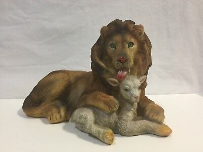 LION LAMB FIGURE large 8