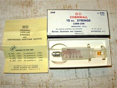 Vintage Medical 10cc Glass Hypodermic Syringe B-D Cornwall New Old Stock w Box