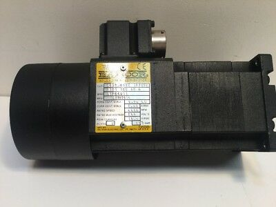 Baldor Servo Motor Brushless D121 122 02 A, CAT # W057/0557, 19325E 200V 6000RPM