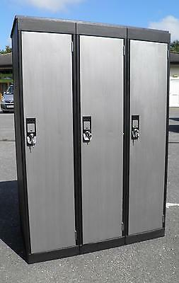 Vintage Industrial Style Triple Locker ( Can Get You A Quote For Delivery )