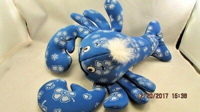 H20 Water Fetching Dog Toy Large Blue Lobster Dog Water Toy Kyjen 1996