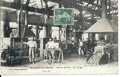 (S-13086) FRANCE - 10 - ROMILLY SUR SEINE CPA      GALERIES MODERNES  ed.