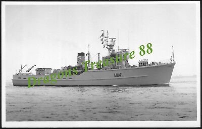 H.M.S. GLASSERTON (M1141), Photo, Royal Navy Ton-class Minesweeper,1955 - 1981