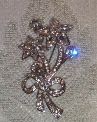 Stunning Vintage  Monet Large Crystal Glass Jeweled Flower Bouquet Pin Brooch