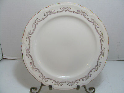 Vintage Edwin Knowles Dinner Plate Kno10