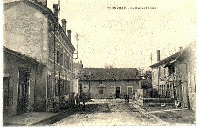 (S-92537) France - 54 - Tronville Cpa