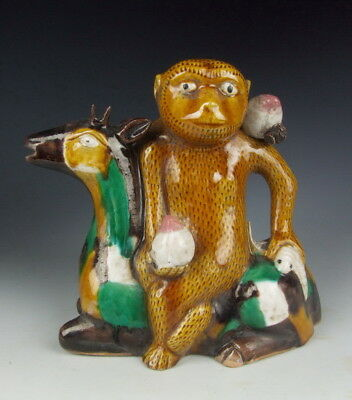 China Antique Plain Tri-colored Porcelain Monkey and Deer Statue