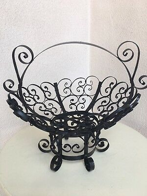 """Vintage Spanish Revival Style Iron Black Basket With Handle 13"""""""
