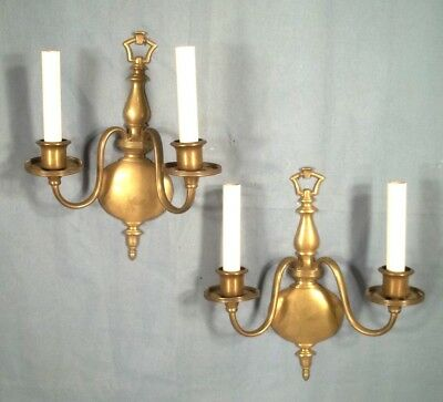 PAIR OF EARLY 20th CENTURY CLASSICAL DOUBLE ARM BALUSTER TURNED BRASS SCONCES