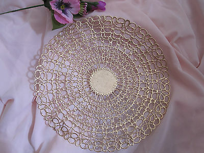 """VTG 7"""" INCH spring LACE gold FOIL METALLIC ROUND 2 PCS PAPER DOILY  ENGLAND"""
