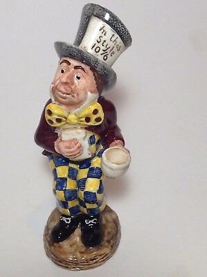 Royal Doulton Beswick MAD HATTER Alice in Wonderland MINT - ALICE SERIES 1974