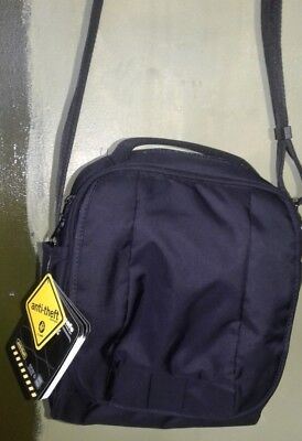 PacSafe MetroSafe LS200 Anti-TheftShoulder Bag New with tags