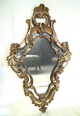VINTAGE EARLY 20th CENTURY ITALIAN CARVED AND GILDED WOODEN ROCOCO MIRROR
