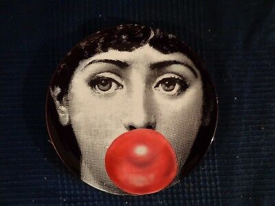reproduction assiette fornasetti FEMME EROTIC BULLE CHEWIN GUM porcelaine fine