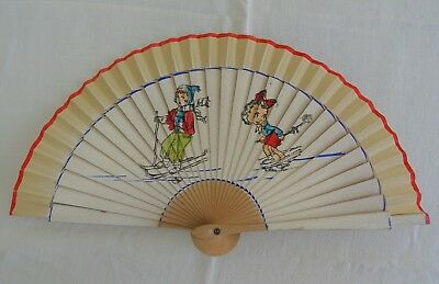 VINTAGE 1940's HAND FAN - CHILDREN'S - PRINTED WOOD - SKIING  SCENE