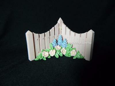 Dept 56 Snowbunnies Pink Picket Fence Corner Flowers Snowbabies ~ MINT!