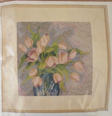 SEMCO LONGSTITCH ORIGINALS - VASE OF TULIPS - KIT No 3300-3117 - REVAMPED