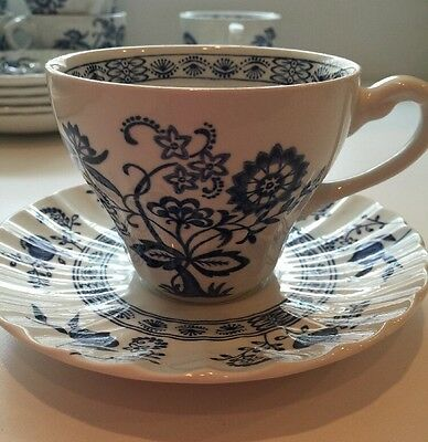 J&G MEAKIN ENGLISH CLASSIC WHITE IRONSTONE BLUE NORDIC ONION CUP & SAUCER Set(s)