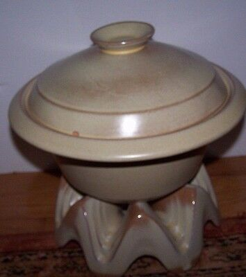 Frankoma Westwinds Baker & Warmer Desert Gold 1960's Sapulpa Clay 2qt. With Lid