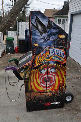 CARNEVIL Video Arcade Game by MIDWAY
