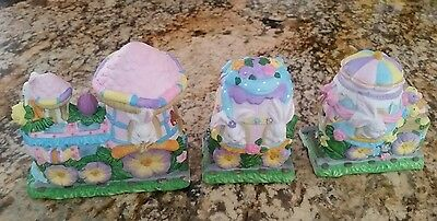 Bunny Towne HAND PAINTED PORCELAIN 3 PCS Easter Train. Slightly Use.