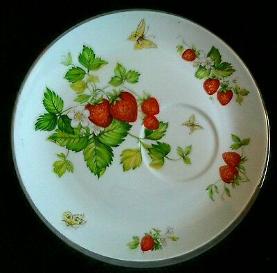 Queens China Virginia Strawberry Plate supper sandwich plate x 2
