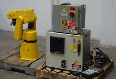 FANUC ROBOT LR MATE 200i W/ CONTROLLER TEACH PENDANT CABLES 2001 MFG DATE USED