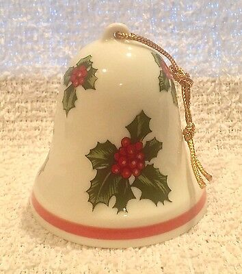 Vintage? Lefton Christmas Holidays China Bell Holly Berries Clapper Intact 8304
