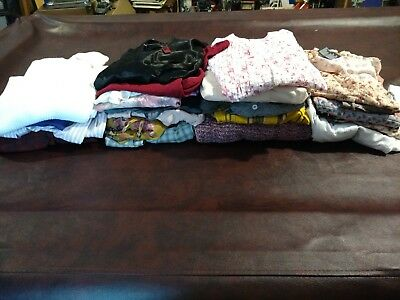 Wholesale Lot Women's 30 Size Small&medium Sweaters  Blouses Flannels Tees Lot 1