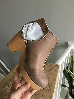 Free People Amber Orchard Clog in Taupe Brand New in Box *ALL SIZES*