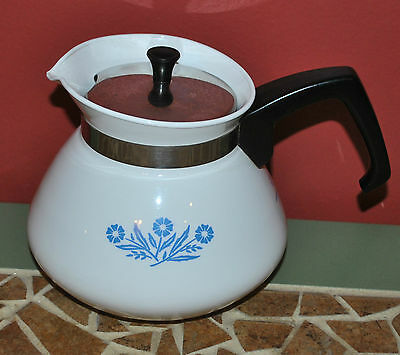 Vintage Corning Ware Cornflower Blue 6 Cup Tea Coffee Kettle Pot with Lid CLEAN!