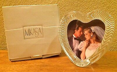 "MIKASA Polished PORTRAITS HEART Clear LEAD CRYSTAL  4.25"" x 4.25"" Picture FRAME"