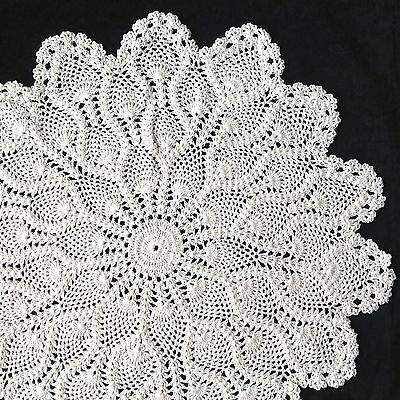 "large pineapple 19"" 48cm hand crochet ivory/cream  vintage doilie doily doiley"