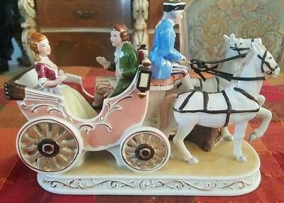 Porcelain Carriage not Meissen, beautiful piece of collection, execellent