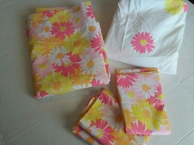 Vintage Pequot Sheet Twin Flat Fitted Two Cases Yellow Pink  Floral Retro Mod