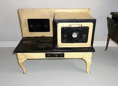 """Antique """"Little Lady"""" or """"Empire"""" 1930's Toy Electric Oven by Metal Ware Corp"""
