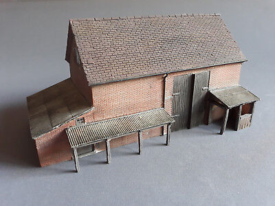Bachmann Scenecraft Red-Barn Resin Good Condition Unboxed Oo Scale(Fn)