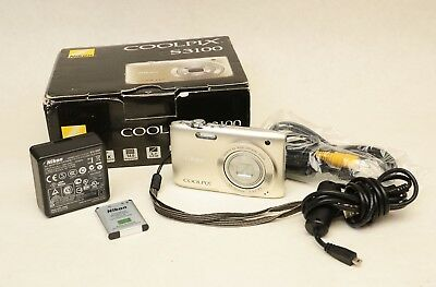 Nikon COOLPIX S3100 14 MP 5x Optical Zoom Charger Manual CDs Cables Tested Great