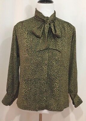 e4811deff14412 Celine Paris Vintage 100% Silk Button Up Leopard Print Bow Tie Blouse
