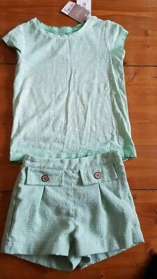 girl bnwt top and shorts size 2-3 from next