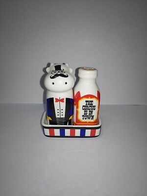 SALT AND PEPPER SHAKERS -  Circus Cow & Milk with tray - Ceramic