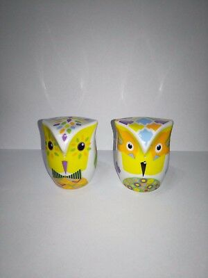 SALT AND PEPPER SHAKERS -  OWLETS (Yellow) Ceramic