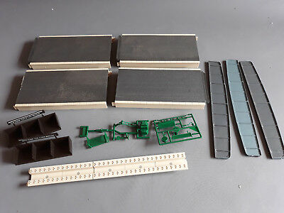 Peco Platforms X 4 + Other Bits As Shown Fair To Good Cond Unboxed Oo Scale(Fn)
