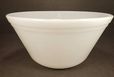 Vintage Mid Century Federal Oven Ware 9 in. Bowl Milk Glass White Cooking Mixing