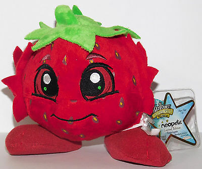 Strawberry JubJub Limited Edition Neopets 2008 Series 3 Plush Unused Code NEW