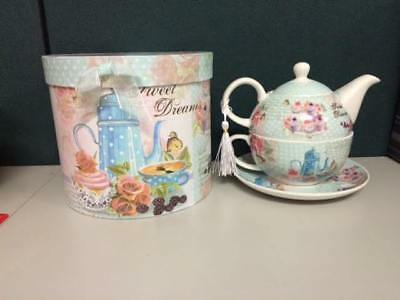 Gift Boxed SWEET DREAMS 3 piece TEA FOR ONE teapot and teacup set
