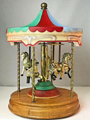 VTG Willitts LG 4 Horse Musical Porcelain & Brass HandPainted Carousel Wood Base