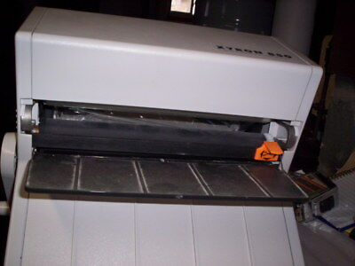Xyron 850 Adhesive Laminating machine With Video   850with 2 boxes of refills
