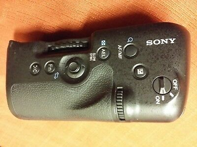 Genuine Original SONY A99 VERTICAL GRIP & Extended Battery Compartment VG-C99AM
