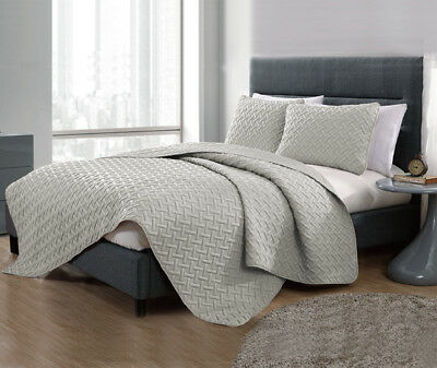 3 Piece Chic Embossed Comforter Set (7 Colours Available)